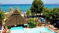 Naias Hotel 3*, Халкидики-Касандра.СПЕЦИАЛЕН ВЕЛИКДЕНСКИ ПАКЕТ(3 или 4 нощувkи със закуски и вечери и Великденски празничен обяд).